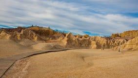 Forma de relieve colorida de Yardang de la playa Fotos de archivo libres de regalías