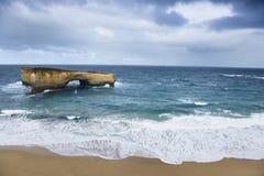 Forma de relieve en el océano. imagen de archivo