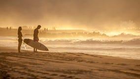 Forma de vida de la persona que practica surf Imágenes de archivo libres de regalías