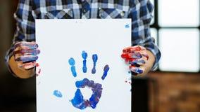 Forma de vida del arte de la impresión de la mano de la pintura del papel de la individualidad foto de archivo libre de regalías