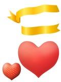 Forma del cuore con il nastro dorato Fotografia Stock Libera da Diritti