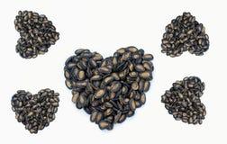 Forma del cuore fatta dal seme di zucca immagine stock