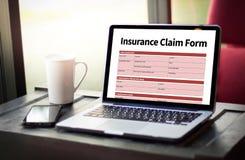 Forma del seguro médico de las DEMANDAS, concepto del negocio, demandas de los asegurados foto de archivo