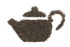 Forma della teiera fatta di tè verde organico (camellia sinensis) Fotografia Stock Libera da Diritti