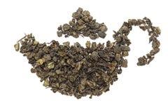 Forma do bule feita do chá verde orgânico (sinensis da camélia) Imagem de Stock Royalty Free
