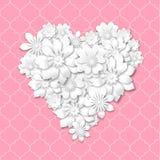 forma do coração composta das flores brancas Foto de Stock