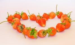 Forma do coração da morango Fotografia de Stock Royalty Free