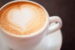 Forma do coração do café foto de stock royalty free