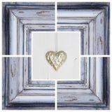 Forma do coração do ouro e quadro de madeira - cartão para o aniversário Imagens de Stock Royalty Free