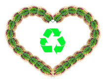 A forma do coração feita das folhas com recicl o símbolo Fotografia de Stock