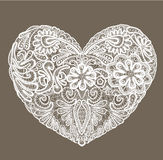 A forma do coração é feita do doily do laço, elemento para Val Fotos de Stock