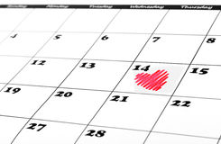 Forma do coração no calendário do dia de são valentim Imagens de Stock
