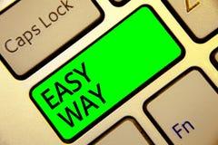 Forma facil do texto da escrita da palavra Conceito do negócio para fazer uma decisão dura entre dois menos e mais chave vermelha imagem de stock royalty free