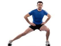 Forma fisica di allenamento di addestramento del peso di esercitazione dell'uomo Immagini Stock