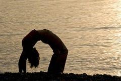 Forma fisica sulla spiaggia immagini stock libere da diritti