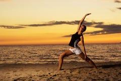 Forma fisica sulla spiaggia. Immagine Stock Libera da Diritti