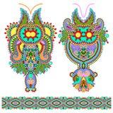 Forma floral ornamentado do bordado de paisley do decote ilustração stock