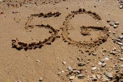 forma 5G na areia imagem de stock royalty free