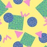 Forma geometrica variopinta dell'estratto senza cuciture del modello su giallo Immagine Stock Libera da Diritti
