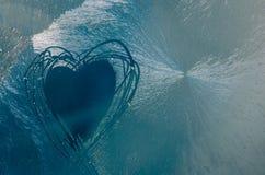 Forma ghiacciata del cuore Immagine Stock
