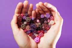 forma Mão-tecida do coração das esferas fotografia de stock royalty free