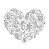 Forma monocromática del corazón con las flores y las hojas del mehendi aisladas Imagenes de archivo