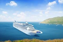 Forma tridimensional do navio de cruzeiros fora Foto de Stock Royalty Free