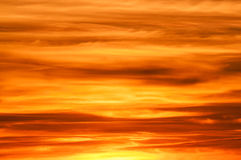 Formación de la nube de la puesta del sol Fotos de archivo