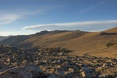 Formación de la nube sobre Rocky Mountain National Park Imagen de archivo