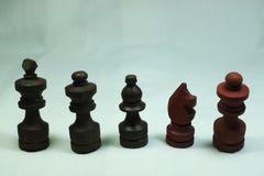 Formación de madera del ajedrez foto de archivo
