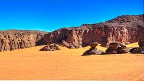 Formación de roca abstracta en Boumediene, parque nacional del nAjjer de Tassili, Argelia fotos de archivo libres de regalías