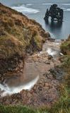 Formación de roca de HvÃtserkur en Islandia Fotos de archivo