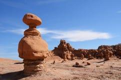 Formación de roca de la piedra arenisca (Hoodoo) en valle del Goblin imagenes de archivo