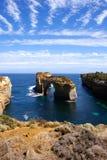 Formación de roca en costa australiana foto de archivo