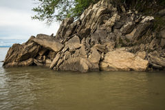 Formación de roca en la boca de la garganta de Sanyati, lago Kariba Fotos de archivo
