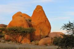 Formación de roca en Spitzkoppe Namibia Imagen de archivo