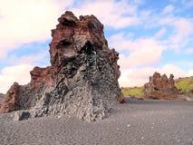 Formación de roca de Islandia Londrangar 2017 Imagen de archivo