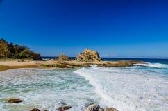 Formación de roca los al frente de Nambucca Foto de archivo libre de regalías
