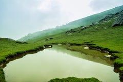Formación del lago en el top de la colina Imagen de archivo