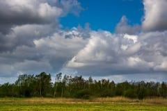 Formación hermosa de la nube en el verano Foto de archivo libre de regalías