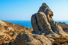 Formación rocosa en la montaña, isla Limnos, Grecia imágenes de archivo libres de regalías