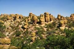 Formaciones de la mala sombra en el monumento nacional de Chiricahua, Arizona Imagen de archivo libre de regalías