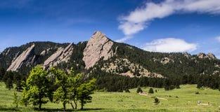 Formaciones de roca de la plancha en Boulder Imagen de archivo