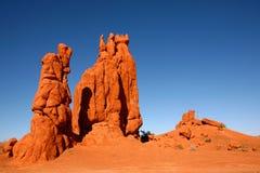 Formaciones de roca del desierto en el valle Arizona del monumento Fotos de archivo libres de regalías