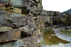 Formaciones de roca del invierno fotografía de archivo