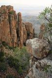 Formaciones de roca en un valle Imágenes de archivo libres de regalías