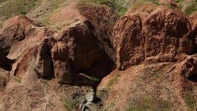 Formaciones naturales del suelo almacen de metraje de vídeo