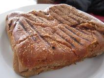 Formaggio del pane nero Immagine Stock
