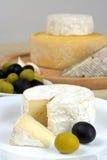Formaggio ed olive Fotografia Stock
