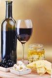 Formaggio ed olive del vino rosso Immagini Stock Libere da Diritti
